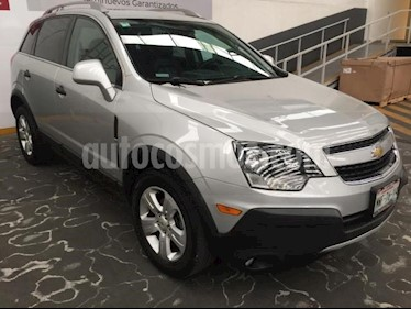Foto venta Auto usado Chevrolet Captiva Sport 5p LS L4/2.4 Aut Piel (2015) color Plata precio $235,500