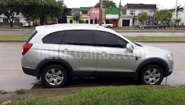 Foto venta Auto usado Chevrolet Captiva LT 4x4 D (2011) color Gris