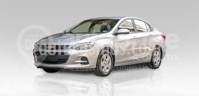 Chevrolet Cavalier LS usado (2019) color Plata Dorado precio $250,000