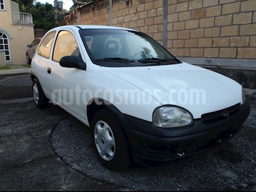 Foto Chevrolet Chevy 3P Joy Pop 1.4L  usado (2000) color Blanco precio $39,000