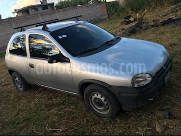 Foto venta Auto usado Chevrolet Chevy 3P Pop Austero (2001) color Gris Plata  precio $37,500