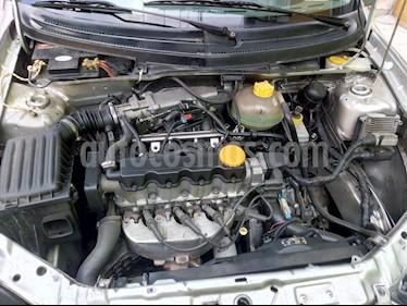 Chevrolet Chevy 3P Paq B usado (2006) color Gris precio $43,500