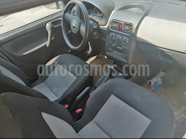 Chevrolet Chevy 5P Paq J usado (2010) color Dorado precio $65,000