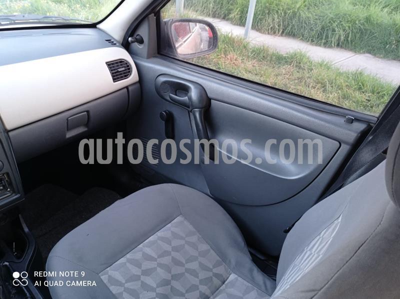 Chevrolet Chevy 5P Paq B usado (2008) color Bronce precio $45,000