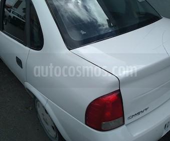 Chevrolet Chevy 4P Monza Pop 1.6L  usado (2012) color Blanco precio $76,000