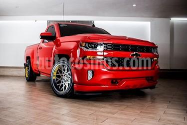 Foto venta Auto usado Chevrolet Cheyenne 2500 4x2 Cab Reg D (2016) color Rojo Profundo precio $479,000