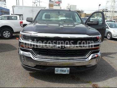 Foto venta Auto usado Chevrolet Cheyenne 2500 4x2 Cab Reg LT (2016) color Negro precio $420,000