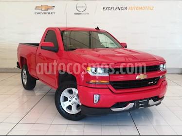 Foto venta Auto Seminuevo Chevrolet Cheyenne 2500 4x4 Cab Reg LT Z71 (2017) color Rojo Carmesin precio $550,000