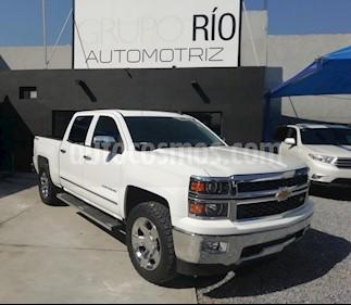 Foto Chevrolet Cheyenne 2500 4x4 Crew Cab LTZ  usado (2014) color Blanco precio $479,000