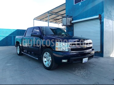 Foto Chevrolet Cheyenne Cabina Doble LTZ 4X4 usado (2011) color Azul precio $278,000