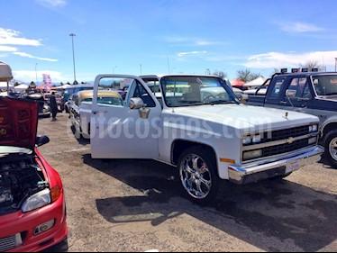Chevrolet Cheyenne Cabina Regular (LT) 4X4 usado (1989) color Gris Grafito precio $120,000