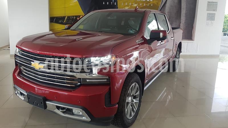 Chevrolet Cheyenne Cabina Doble High Country 4X4 usado (2019) color Rojo precio $987,000