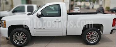 Chevrolet Cheyenne Cabina Regular 4X2 usado (2009) color Blanco precio $175,000