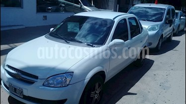 foto Chevrolet Classic 4P LS Pack usado (2015) color Blanco Summit precio $185.000