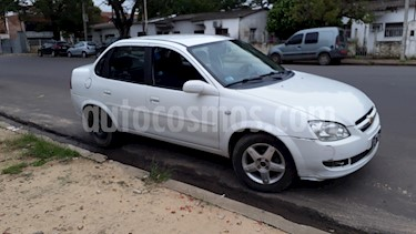 Foto venta Auto usado Chevrolet Classic 4P LS Spirit (2012) color Blanco precio $128.000