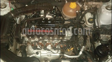 Chevrolet Classic 4P LS  usado (2015) color Plata precio $220.000