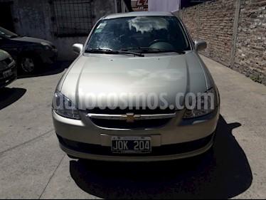 Foto venta Auto usado Chevrolet Classic 4P LT (2011) color Dorado precio $120.000