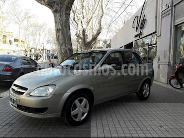 Foto venta Auto Usado Chevrolet Classic 4P LT (2010) color Dorado precio $185.000