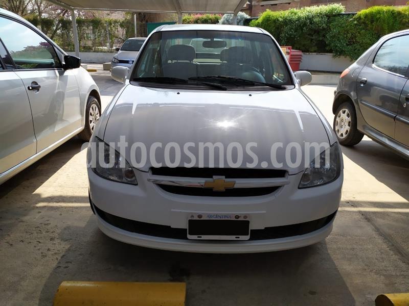 Chevrolet Classic 4P LS  usado (2014) color Blanco precio $450.000