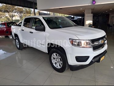 Chevrolet Colorado 4P WT DOBLE CAB L4/2.5 AUT 4X2 usado (2017) color Blanco precio $385,000
