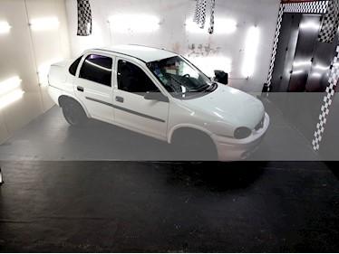 Chevrolet Corsa Classic - usado (2002) color Blanco precio $85.000