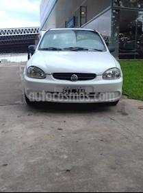 Foto venta Auto usado Chevrolet Corsa Classic 4P 1.6 Super (2005) color Blanco precio $125.000