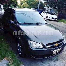Chevrolet Corsa Classic 4P Super Pack Electrico usado (2014) color Gris Oscuro precio $190.000