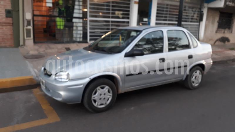Chevrolet Corsa Classic 4P 1.6 usado (2008) color Plata precio $388.000