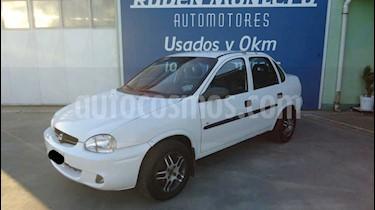 Chevrolet Corsa - usado (1999) color Blanco precio $180.000