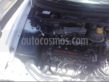 Chevrolet Corsa  1.6  usado (2005) color Blanco precio $2.300.000