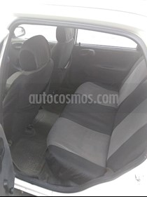 Foto venta carro usado Chevrolet Corsa 2p L4,1.3i,8v S 1 1 (2005) color Blanco precio u$s1.300