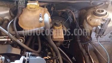 Chevrolet Corsa 4 Puertas Auto. A-A usado (2005) color Bronce precio u$s750