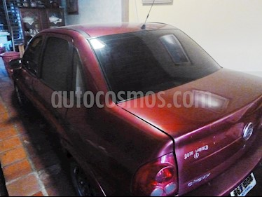 Foto venta carro usado Chevrolet Corsa 4 Puertas Auto. A-A (2008) color Rojo precio BoF1.500