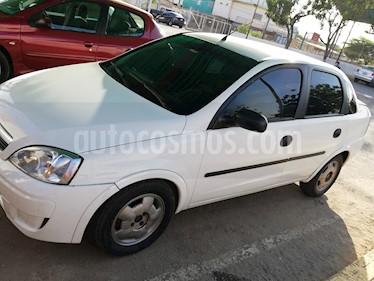 Foto venta carro usado Chevrolet Corsa 4 Puertas Sinc. A-A (2011) color Blanco precio u$s1.350