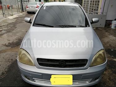 Chevrolet Corsa 4P 1.8L Comfort E usado (2004) color Gris Plata  precio $42,000