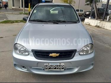 Foto Chevrolet Corsa 4P GLS 1.6 MPFi 8V usado (2009) color Gris Claro precio $175.000