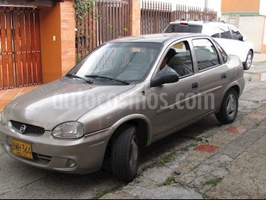 Foto venta Carro usado Chevrolet Corsa Active 1.4 injection (2002) color Gris precio $11.000.000