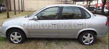 Chevrolet Corsa 4P Classic  usado (2010) color Gris precio $287.000
