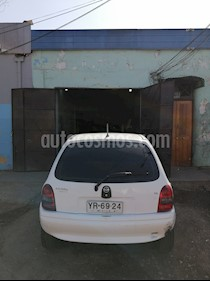 Chevrolet Corsa  1.6  usado (2005) color Blanco precio $1.800.000