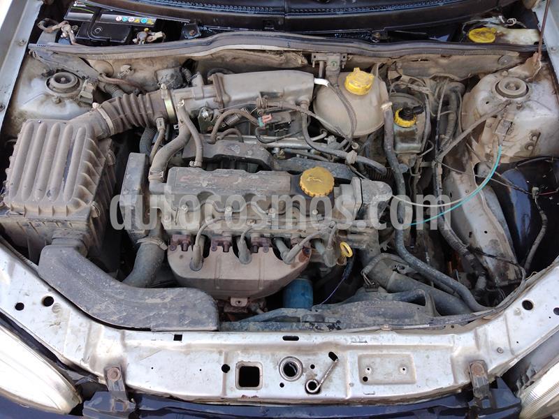 Chevrolet Corsa  1.6  usado (2001) color Gris precio $1.300.000