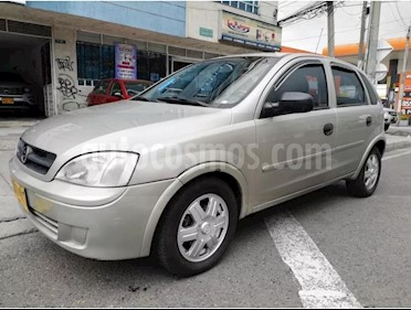 Foto venta Carro usado Chevrolet Corsa Evolution 1.4 A.A (2003) color Bronce precio $11.400.000