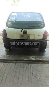 Chevrolet Corsa 3 Puertas Sinc. A-A usado (1999) color Blanco precio u$s600