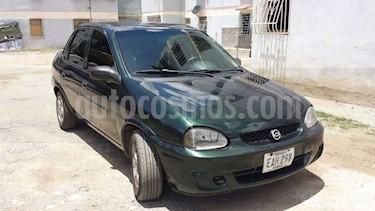 Chevrolet Corsa 4 Puertas Auto. A-A usado (2001) color Verde precio u$s1.800