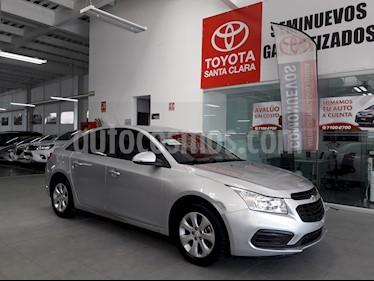 Foto venta Auto usado Chevrolet Cruze 4p LS L4/1.8 Man (2015) color Plata precio $150,000