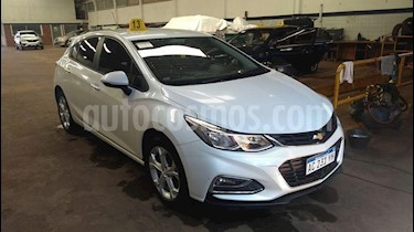 Chevrolet Cruze 1.4 5 PTAS LT usado (2018) color Blanco precio $1.050.000