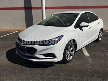 Foto venta Auto usado Chevrolet Cruze CRUZE LT 4PTAS. PAQ C (2017) color Blanco precio $250,000