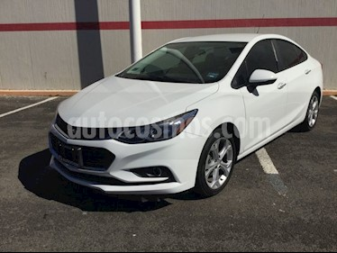 Foto venta Auto usado Chevrolet Cruze CRUZE LT 4PTAS. PAQ C (2017) color Blanco precio $260,000