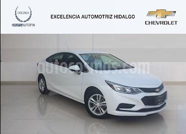 Foto venta Auto usado Chevrolet Cruze LS Aut (2017) color Blanco precio $255,000