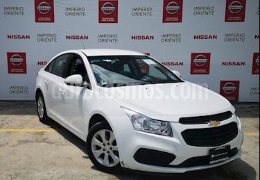 Foto venta Auto usado Chevrolet Cruze LS Aut (2016) color Blanco precio $175,000