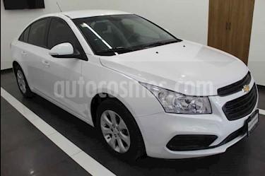 Foto venta Auto usado Chevrolet Cruze LS Aut (2015) color Blanco precio $169,000